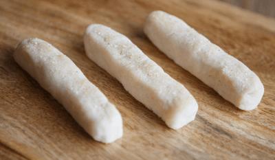 Garlic breadsticks for dysphagia diets
